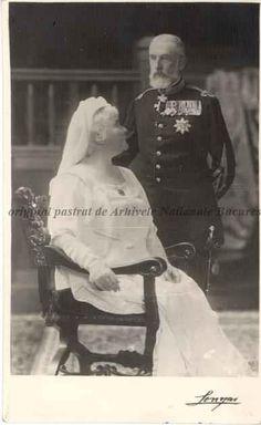 Regina Elisabeta şi regele Carol I \ , s. Michael I Of Romania, History Of Romania, Romanian Royal Family, Elisabeth I, Victorian Life, National History, Old Portraits, Royal Jewels, Royal Weddings