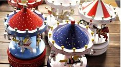 Beautiful unique Christmas music boxes #christmasmusicboxes #musicboxes