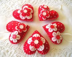 Spring Hearts Felt Ornament flowers handmade by feltgofen on Etsy