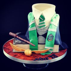Slytherin Harry Potter cake