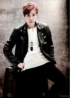 J-Hope http://mama.interest.me/2014mama/vote