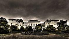Top 10 haunted locations around the world: Aradale Mental Hospital (Ararat Lunatic Asylum), Victoria, Australia. Photo by Eldraque77