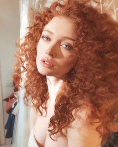 Everyday Elegance - 40 Fresh Trendy Ideas for Copper Hair Color - The Trending Hairstyle Beautiful Red Hair, Gorgeous Redhead, Red Hair Woman, Copper Hair, Half Updo, Hair Reference, Pretty Face, Redheads, Hair Inspiration