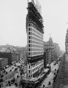 flatiron during construction phase (notice for rent sign towards bottom of picture)