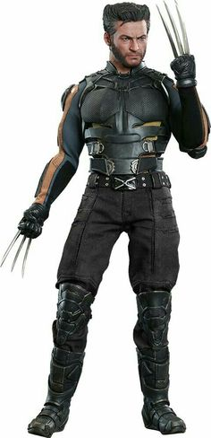 Days of Future Past Wolverine figure by Hot Toys