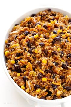 BBQ Chicken Quinoa Casserole -- all you need are 6 main ingredients for this delicious, one-dish casserole! | gimmesomeoven.com