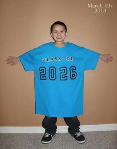 When they start kindergarden make a shirt that has the yr they are graduating on it. Then every year take a picture of them in it! So cute