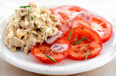Potted tuna with tomato salad