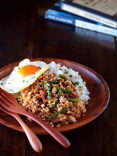 【スパイス大使】鶏ひき肉とアスパラガスのそぼろご飯|レシピブログ