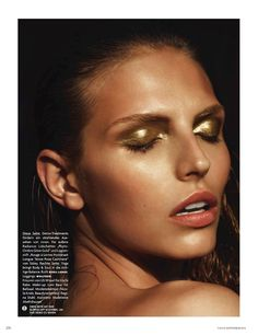 Metallic Gold Eyeshadow #goldmakeup #metallicmakeup