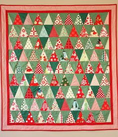 vintage - retro - inspired triangle Christmas quilt