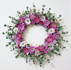 Pine Cone & Silk Pink Flower Wreath