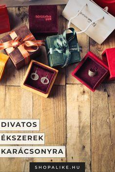 ea8703ba72 A karácsonyi ajándékok örök klasszikusa az ékszer. Legyen az egy egyszerű  gyűrű, karkötő vagy