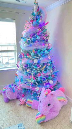Alternative Christmas Tree, Cool Christmas Trees, Christmas Tree Themes, Holiday Tree, Christmas Traditions, Halloween Christmas Tree, Holiday Decor, Unicorn Christmas, Pink Christmas
