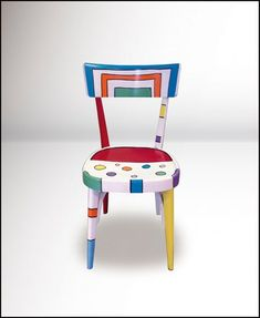 Hand Painted Furniture Ideas Upcycle 69 New Ideas Weird Furniture, Funky Painted Furniture, Refurbished Furniture, Colorful Furniture, Paint Furniture, Repurposed Furniture, Furniture Makeover, Furniture Design, Hand Painted Chairs