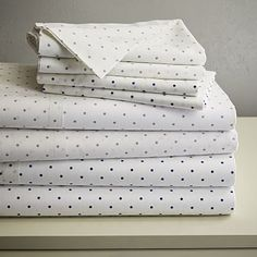 west elm's modern bed sheet sets are soft and comfortable. Our collection includes organic cotton sheet sets, Tencel bed sheets, linen sheets and more. Modern Bed Sheets, Twin Bed Sheets, Luxury Bed Sheets, Bed Sheet Sets, Fitted Sheets, Luxury Bedding, Duvet Cover Sale, Duvet Covers, West Elm Bedding