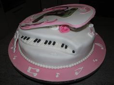Grand piano cake for a 21st birthday. Piano Cakes, Grand Piano, 21st Birthday, Desserts, Food, Tailgate Desserts, Deserts, Essen, Postres
