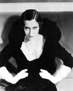Gloria Swanson, Indiscreet, 1931 (gown by René Hubert)