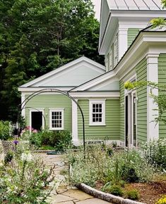 "oldfarmhouse:  ""  http://www.crisparchitects.com/newhomes/index.html  """