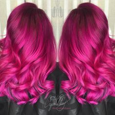 "Hot on Beauty sur Instagram : Vibrant Fuchsia Hairpainting Design by @cryistalchaos ""High Voltage Hair"" #hotonbeauty Dye My Hair, Bright Pink Hair, Magenta Hair, Vibrant Hair Colors, Cute Hair Colors, Hair Color Pink, Beautiful Hair Color, Unique Hair Color, Cool Hair Color"
