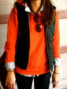 Would be cute with a tan vest to wear to the Clemson/Carolina game.  A bonus: the layers would keep me warm!