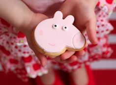 peppa pig party cakes