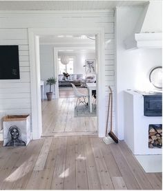 Wondrous Useful Tips: Wooden Flooring Map modern flooring hardware.Tile Hardwood Flooring vinyl flooring peel and stick. White Wooden Floor, Summer House Interiors, House Styles, House, House Flooring, Interior Design, Floor Design, Home Decor, House Interior