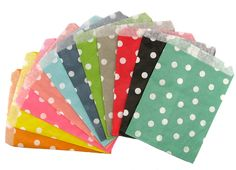 Paper party bags - available in 3 patterns and 11 lovely colours #etsy #party #supplies