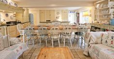 The kitchen at Gardeners cottage in Blakeney is perfect for entertaining large groups large-houses-to-rent-norfolk.jpg