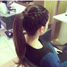 Hairstyles 2019 : Haircut styles for thin hair women Styles ] All the thin hair women complain about their dull hair all the time. In particular, one of the greatest dreams of those who have both fine hair and Ponytail Hairstyles, Braided Hairstyles, Cool Hairstyles, Semi Formal Hairstyles, Woman Hairstyles, Trending Hairstyles, Thin Hair Styles For Women, Curly Hair Styles, Simple Ponytails