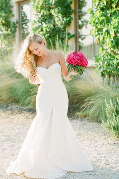 Caroline Joy Photography | Texas Wedding Photographer http://www.weddingchicks.com/2013/11/20/austin-wedding-venue/
