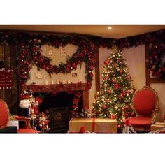 .@christamastime | ♥️♣️♦️♠️♥️♣️♦️♠️ #christmas #house #decorated  | Webstagram