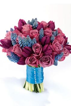 Lavender Green - Roses, Tulips and Muscari