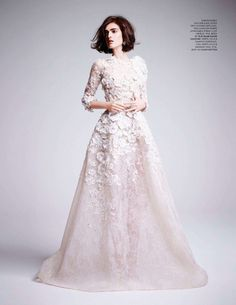Marble cocoon lace floral embroideries embellish this goddess in white: Anouk Hagemeijer in ELIE SAAB Haute Couture Spring Summer 2013 shot by Kate Davis-Macleod and styled by Deep Kailey for the June issue of Tatler UK. Bridal Dresses, Wedding Gowns, Lace Wedding, Floral Wedding, Elie Saab Haute Couture, Mode Editorials, Fashion Editorials, Glamour, Costume