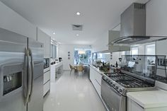 Cozinha empreendimento Blanc / Blanc Kitchen