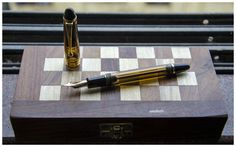In A League Of Its Own : The Pilot Custom 823 - Fountain Pen Reviews - The Fountain Pen Network