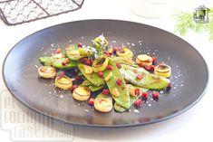 Tirabeques salteados con jamón serrano Avocado Egg, Avocado Toast, Eggs, Cooking, Breakfast, Food, Al Dente, Pea Recipes, Stir Fry