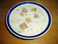 krémová česneková polévka(mléko,smetana,tavený sýr)