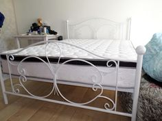 Metal Wrought Iron Steel Beds and Day Beds Gallery Pictures