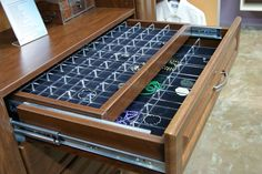This double jewelry drawer is truly revolutionary.  One drawer can replace an entire jewelry armoir.