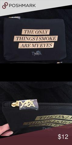 """Tyra Banks Makeup Bag NWT Tyra Banks Smize Makeup Bag NWT """"The only things I smoke are my eyes"""" Tyra Beauty Makeup Brushes & Tools"""