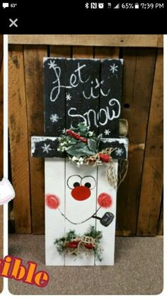 Good Screen Frosty the Snowman pallet Ideas Do you wish to often be dating for the duration of christmas? Just like Frosty the Snowman , don't Christmas Wood Crafts, Pallet Christmas, Christmas Yard, Snowman Crafts, Christmas Signs, Rustic Christmas, Christmas Projects, Halloween Crafts, Holiday Crafts