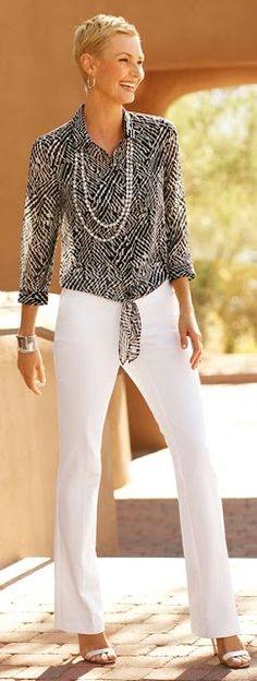 Fashion Trends for Women Over 50 - Fashion Trends Chicos Fashion, 50 Fashion, Plus Size Fashion, Fashion Looks, Fashion Outfits, Fashion Trends, Fashion Clothes, Korean Fashion, Spring Fashion