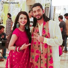 Fashion trends set from Ishqbaaz show with Anika, Gauri, Tia showing high state of fashion outfits dresses in both series. Cute Celebrities, Indian Celebrities, Indian Dresses, Indian Outfits, Anika Ishqbaaz, Best Couple Pictures, Shrenu Parikh, Tashan E Ishq, Saree Look