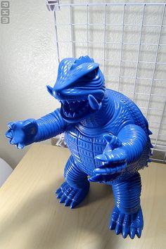 Modern Toy - Giant Gamera (sample) by akum6n, via Flickr