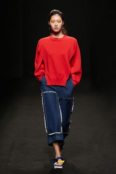 Rocket x Lunch Seoul Spring 2016 Fashion Show, fringed patch studded to front leg of jeans Runway Fashion, Spring Fashion, Girl Fashion, Fashion Show, Fashion Outfits, Fashion Design, Seoul Fashion, Korean Fashion, Daily Fashion