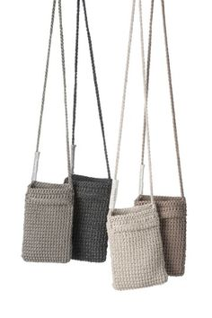 Best 12 Welcome to our gallery of beautiful crocheted handbags for summer. These handbag models are popular designs made by ingenious housewives. On this page you will find the popular crochet bag models of June If you want to have all the eyes on th Crochet Clutch, Crochet Handbags, Crochet Purses, Crochet Gifts, Free Crochet, Crochet Phone Cover, Sewing Patterns, Crochet Patterns, Crochet Shoulder Bags