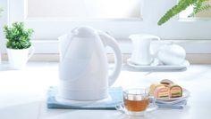 Δεν πάει ο Νους σας Πόσο Εύκολα Μπορείτε να Διώξετε τα Άλατα από τον Βραστήρα σας! Clean House, Kettle, Kitchen Appliances, Cleaning, Home Decor, Organize, Houses, Diy Kitchen Appliances, Tea Pot
