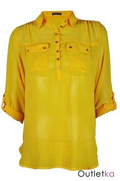 Nowa szyfonowa koszula Atmosphere w odcieniu koloru żółtego. Koszula gustowna, o ciekawym kroju, na długi rękaw, z możliwością podwinięcia jej do łokcia, z przodu zapinana na guziki do połowy. Posiada kołnierzyk i dwie kieszonki co nadaje jej ciekawy i oryginalny wygląd. Rękawy zapinane na guziki. U dołu bluzki małe rozporki/ rozcięcia. Z kompletem firmowych metek Atmosphere.