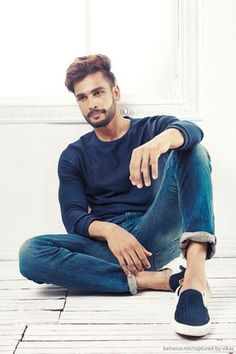 India 2015 : Rohit Khandelwal on Behance for Bregha Pose Portrait, Portrait Photography Poses, Man Photography, Amsterdam Photography, Modeling Photography, Glamour Photography, Lifestyle Photography, Editorial Photography, Fashion Photography